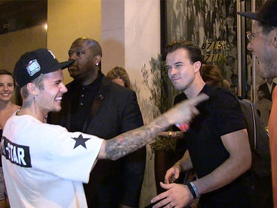Justin Bieber Mocks Pastor Bro for Stealing His Moves with the Paps