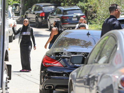 Blac Chyna Blows Her Top Over Neighbor's Roof Construction