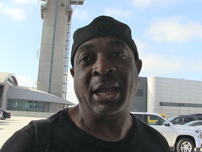 Chuck D: Really Wanna Have Colin Kaepernick's Back? Boycott the NFL