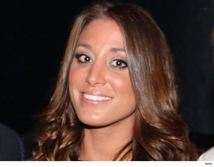 'Bachelor' star Vienna Girardi miscarries twin daughters at 18 weeks