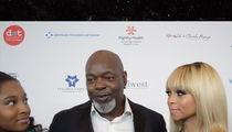 Emmitt Smith to NFL Owners: Someone Give Kaepernick a Shot Already!