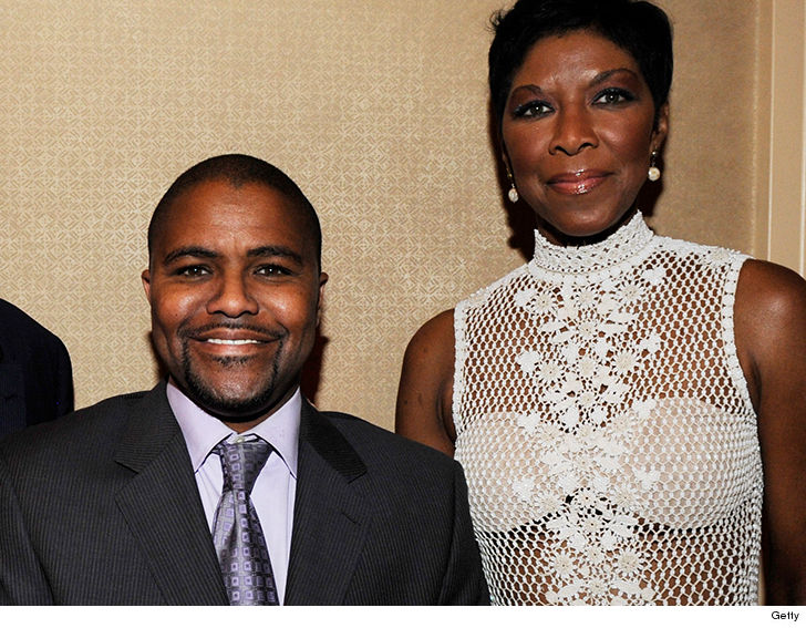 Natalie Cole's son dead at 39