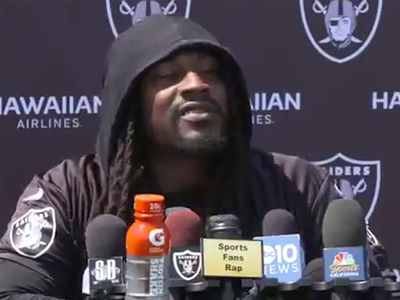 Marshawn Lynch Flips Metaphorical Finger at Anthem Protest Questions