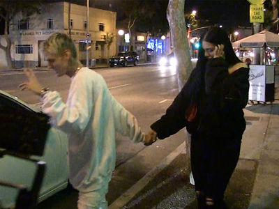 Aaron Carter Brags About Getting Oral Sex While on Date with Porcelain Black