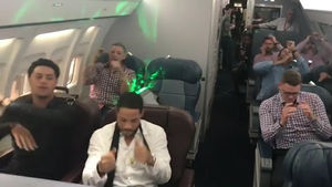 Yadier Molina & St. Louis Cardinals Have Reggaeton Dance Party On Team Plane