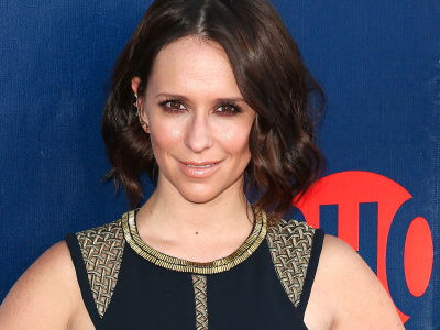 Jennifer Love Hewitt RESURFACES After Months In Hiding -- Why'd She Return to Spotlight?