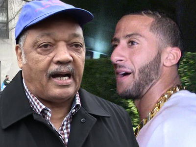 Rev. Jesse Jackson Calls For NFL Owners to Sign Colin Kaepernick