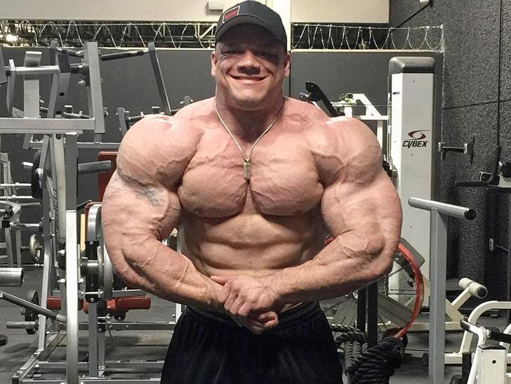 Bodybuilder Dallas Mccarver Dies Apparently Choked On