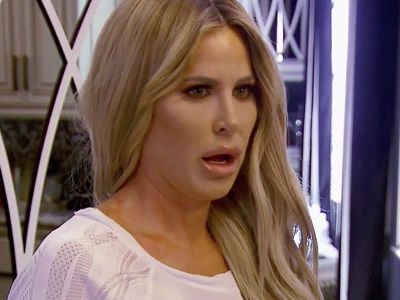"Chaos Erupts In Kim Zolciak's House After Son's Dog Bite In New ""Don't Be Tardy' Trailer"