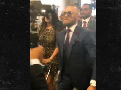 Conor McGregor Stylin' with New Hair for Floyd Fight