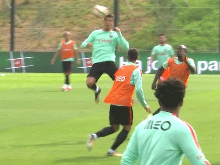 Cristiano Ronaldo Training With Portugal Prepping For 18