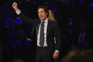 Joel Osteen Leads Service at Lakewood Church