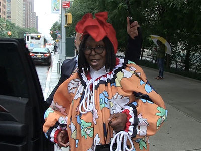 Whoopi Goldberg, Who Cares Jamie Foxx is Dating Katie Holmes?!!