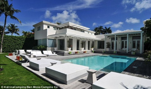 Shakira's Miami Beach home is listed at $13,000,000 and features 6 bedrooms and 9 bathrooms.