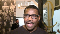 Michael Irvin: Kareem Hunt Should Thank Dak and Zeke for the Opportunity