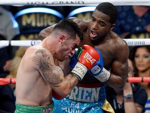 Adrien Broner knock out blows