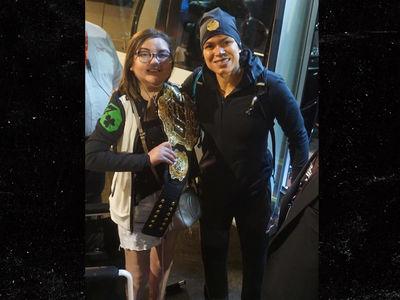 Amanda Nunes Gifts Belt to Young Cancer Survivor After UFC 215