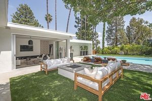 Cindy Crawford and Rande Gerber Buy Baller Beverly Hills Estate!