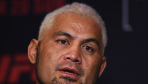 UFC's Mark Hunt: 'If I Die Fighting, That's Fine' ... Just Want Clean Sport