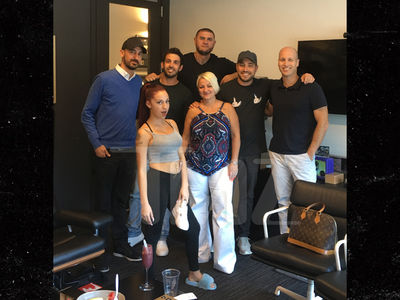 'Cash Me Outside' Danielle Bregoli Signs Record Deal with Atlantic Records