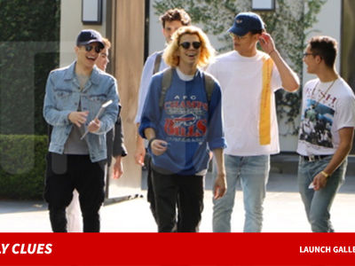 Simon Cowell's PRETTYMUCH Debuts New Single, One Direction 2.0?