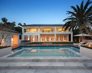Floyd Mayweather's Knockout Bev Hills Estate