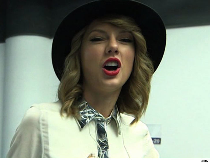 Taylor Swift accused of plagiarising a song for Shake It Off - Here