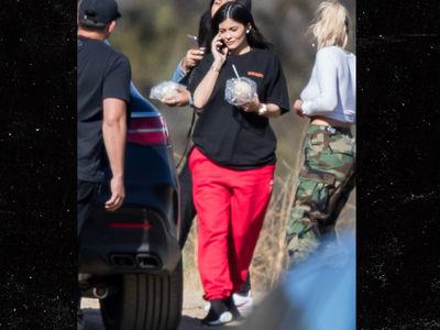Kylie Jenner, First Photos Since TMZ Broke Pregnancy Story
