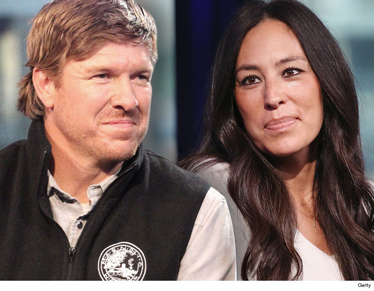 39 Fixer Upper 39 Stars Chip And Joanna Gaines Will End Show