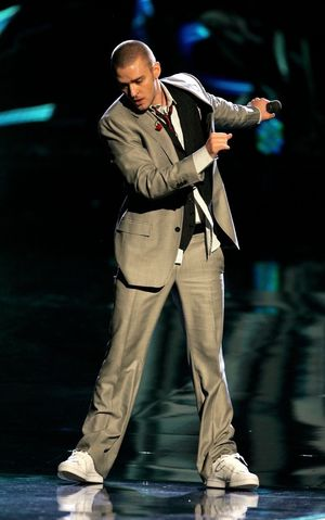 Justin Timberlake -- Performance Pics