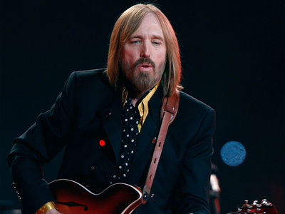 Tom Petty Dead at 66 After Family Pulls Life Support