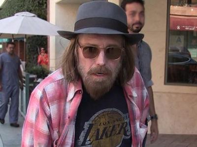 Tom Petty Found Unconscious in Full Cardiac Arrest (UPDATE)
