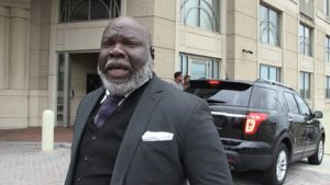 Colin Kaepernick's Silence Is Strategic, Says Pastor T.D. Jakes