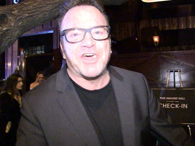 Tom Arnold: Donald Trump's NFL Hate Ain't About the Flag, It's an Old Grudge