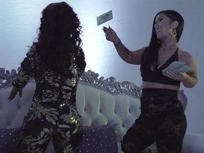 'Little Women: Dallas' Stars Drop 'Get Rich' Music Video
