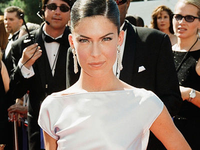 Lara Flynn Boyle RESURFACES -- See Her First Public Appearance In Nearly 5 Years!