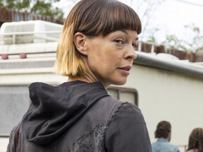 'Walking Dead' Star SPEAKS OUT on Jokes About Her Looks & Being Queen of the Trash People