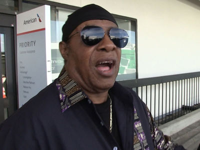 Stevie Wonder: Hey Dodgers Call Me, I'll Do Anthem On Harmonica