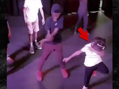 Blue Ivy Carter Busts a Move at Cousin's Birthday Party!!!