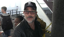 'Walking Dead' Star Jeffrey Dean Morgan: L.A. Dodgers Can Use Lucille