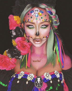 Aubrey O'Day's Insane Halloween Face Paint