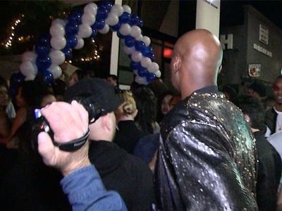 Drake's 31st Birthday In L.A. Crawling With Celebs