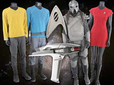 Chris Pine's Captain Kirk Uniform from 'Star Trek' Up for Auction, Spock's Too