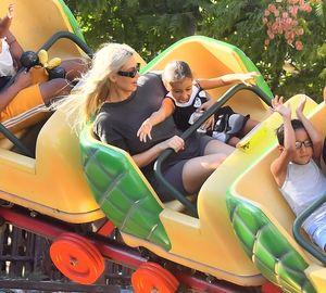 Kim Kardashian Takes The Family to Disneyland
