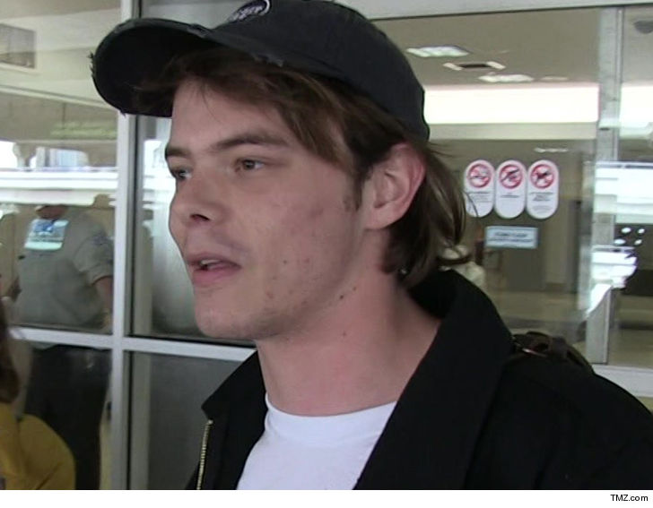 'Stranger Things' Star Charlie Heaton Detained at LAX for Cocaine Possession