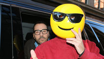 Jeremy Piven Cracks Smile, Denies Sexual Assault Allegations