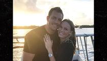 Caroline Wozniacki Engaged to NBA Star David Lee with Huge Ring!