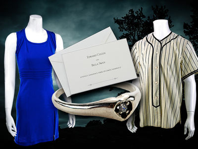 'The Twilight Saga' Memorabilia Going Up For Auction
