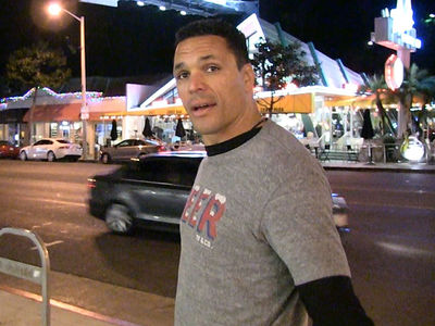 Tony Gonzalez Says Colin Kaepernick Is 'Done' in the NFL