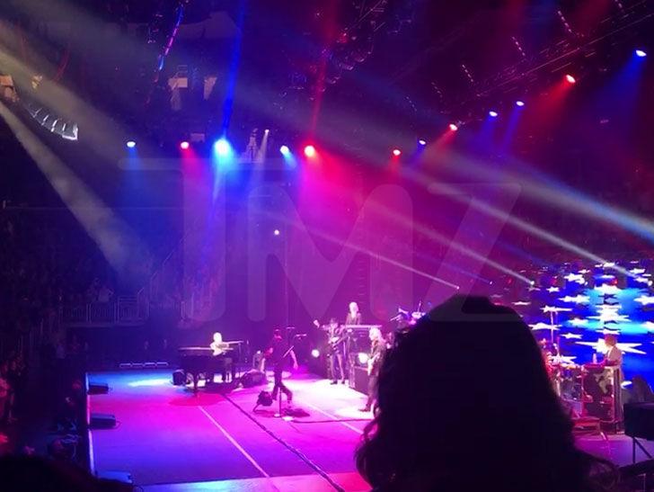 Elton John, I'm Not Playing this Wonky Piano
